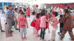 Arnelia Avm'de Anneler Gününde Etkinlik Düzenlendi